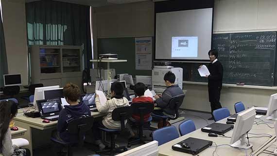 小学校プログラミング授業